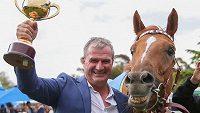Australský dostihový trenér Darren Weir se bude zodpovídat z týrání zvířat.