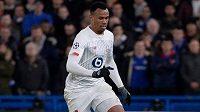 Fotbalisty Arsenalu posílil brazilský obránce Gabriel Magalhaes z Lille