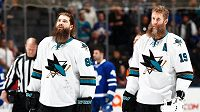 Hokejisté San Jose Joe Thornton a Brent Burns natáčeli reklamní spot a výborně se bavili.