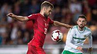 Filip Novák v šanci, gól z toho ale nebyl, Česko remizovalo v kvalifikaci na MS 2018 se Severním Irskem 0:0.