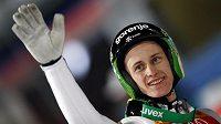 Slovinský skokan na lyžích Peter Prevc vyhrál v Bischofshofenu a ovládl Turné čtyř můstků.