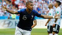 Mladý král. Francouz Kylian Mbappé dal Argentině dva góly.