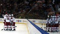 Hokejisté Phoenixu se spolu s Bostonem představili v Praze. Nyní je klub blízko prodeji.