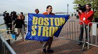 Carlos Arredondo je známou postavou závodu Boston Marathon.