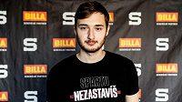 Brankář Sparty Jakub Neužil. Kolik odchytá zápasů v extralize v příští sezoně?
