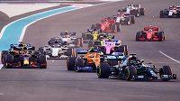 Poslední závod sezony formule 1 v Abů Zabí.
