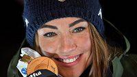 Italská biatlonistka Dorothea Wiererová se zlatou medailí ve stíhačce z MS v Anterselvě.