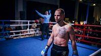 Třiatřicetiletý Jan Maršálek v boxerském ringu.