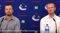 Dvojčata Daniel a Henrik Sedinovi se tři roky po ukončení hokejové kariéry vracejí do Vancouveru Canucks.