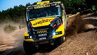 Nový dakarský kamion Martina Macíka na trati dálkového závodu Baja Poland.