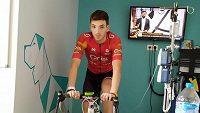 Cyklista Juan Francisco Fernández trénuje u nemocničního lůžka