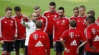 Fotbalisté Bayernu Mnichov si zahrají proti Chelsea na novém trávníku v Edenu.