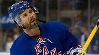 Jedna z ikon NHL Martin St. Louis pověsí brusle na hřebík.