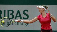Barbora Krejčíková během jedné z výměn na French Open.