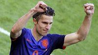 Kanonýr Robin van Persie se raduje. Nizozemsku přispěl dalším gólem na MS k výhře nad Austrálií.