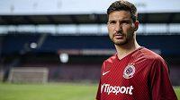 Pětadvacetiletý záložník Michal Trávník se stává čtvrtou letní posilou fotbalové Sparty!