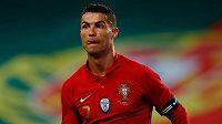 Portugalec Cristiano Ronaldo při utkání s Izraelem.