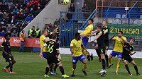 Pátý tým uplynulého ročníku slovenské nejvyšší fotbalové soutěže nezahájil přípravu.