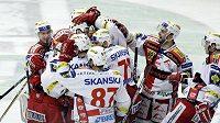 Vítězná radost hokejistů Slavie