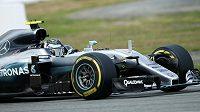Nico Rosberg se svým mercedesem ovládl oba páteční tréninky na Hockenheimringu.