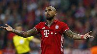 V závěru prvního poločasu měl Arturo Vidal šanci zvýšit náskok Bayernu, nařízenou penaltu však neproměnil.