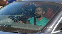 Egyptský fotbalista Mohamed Salah přijíždí ve svém voze na trénink Liverpoolu