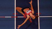 Michaela Hrubá překonává laťku ve výšce 181 cm. Tento výkon jí stačil na dělené 10. místo.