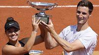 Desirae Krawczyková a Joe Salisbury získali na Roland Garros titul ve smíšené čtyřhře
