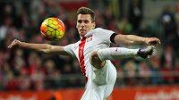 Polský útočník Arkadiusz Milik bude od nové sezóny střílet góly v dresu Neapole.