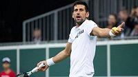 Novak Djokovič čelí kritice některých tenisových kolegů.