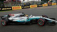 Lewis Hamilton při kvalifikaci na Velkou cenu Belgie.