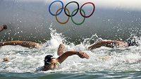 Z olympijského závodu žen v dálkovém plavání na 10 km.