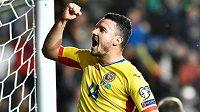 Rumunský fotbalista Constantin Budescu v reprezentačním dresu