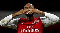 Thierry Henry opouští Arsenal.