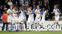 Fotbalisté FC Kodaň oslavují branku proti Trondheimu