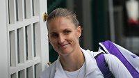 Karolína Plíšková po vítězství nad Arynou Sabalenkovou z Běloruska v semifinále Wimbledonu.