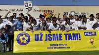 Fotbalisté Jihlavy se radují z postupu do Gambrinus ligy.