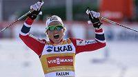 Therese Johaugová z Norska, celková vítězka letošního SP v běhu na lyžích.