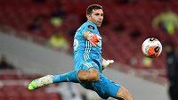Fotbalisty Arsenalu opustil argentinský brankář Emiliano Martínez