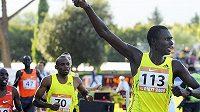 Ilustrační foto. Keňský půlkař David Rudisha (vpravo).