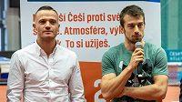 Čeští rekordmani na stovce Zdeněk Stromšík (vpravo) a Jan Veleba.
