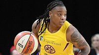 Jedna z nejlepších střelkyň zámořské basketbalové ligy WNBA Riquna Williamsová přijde o téměř třetinu sezony
