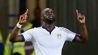 Útočník Leedsu Souleymane Doukara.