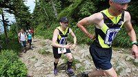 Jedním z organizátorů běhů je Honza Říha, nevidomý horolezec a běžec.