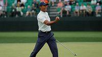 Tiger Woods při druhé kolem Masters.