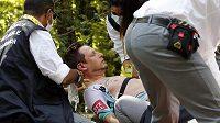 Lukas Pöstlberger utrpěl vážnou alergickou reakci a ocitl se v péči lékařů.