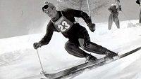 Česká lyžařská legenda Kurt Hennrich na archivním snímku.