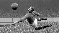 Brankář Manchesteru United Harry Gregg na archivním snímku.