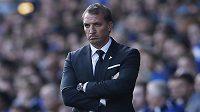 Trenér Brendan Rodgers během nedělního zápasu s Evertonem, což byla jeho derniéra na střídačce Liverpoolu.