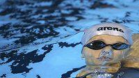 Simona Baumrtová během rozplavby na 200 m znak.